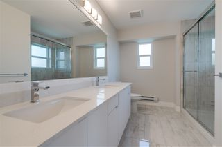"""Photo 10: 3 31548 UPPER MACLURE Road in Abbotsford: Abbotsford West Townhouse for sale in """"Maclure Point"""" : MLS®# R2444549"""