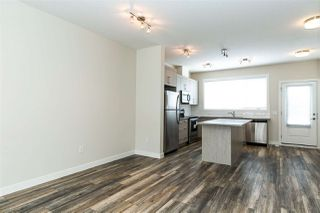 Photo 9: 1079 Gault Boulevard in Edmonton: Zone 27 Townhouse for sale : MLS®# E4192919