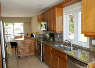 Photo 9: 4577 MEADOWBANK Close in North Vancouver: Lynn Valley House for sale : MLS®# R2450102