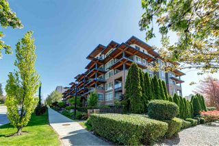 Photo 1: 219 500 ROYAL Avenue in New Westminster: Downtown NW Condo for sale : MLS®# R2450456