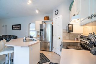 Photo 14: 206 MT ALBERTA Place SE in Calgary: McKenzie Lake Detached for sale : MLS®# A1014094