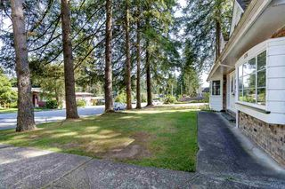 Photo 5: 576 LINTON Street in Coquitlam: Central Coquitlam House for sale : MLS®# R2478713