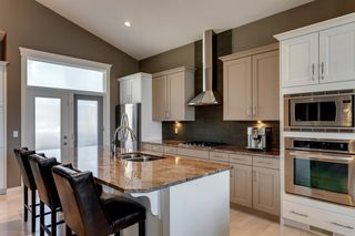 Photo 9: 219 Springbluff Heights SW in Calgary: Springbank Hill Detached for sale : MLS®# A1047010