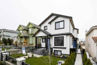 Main Photo: 3083 E 4TH Avenue in Vancouver: Renfrew VE 1/2 Duplex for sale (Vancouver East)  : MLS®# R2531128