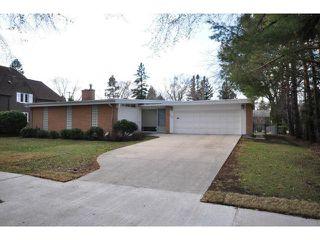 Photo 1: 304 Hosmer Boulevard in WINNIPEG: River Heights / Tuxedo / Linden Woods Residential for sale (South Winnipeg)  : MLS®# 1206103