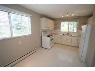 Photo 8: 426 3130 66 Avenue SW in CALGARY: Lakeview Townhouse for sale (Calgary)  : MLS®# C3521004