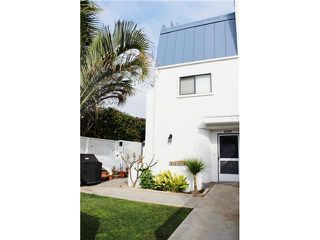 Photo 18: PACIFIC BEACH Townhome for sale : 3 bedrooms : 4257 Gresham Street in San Diego