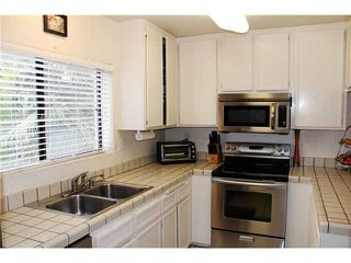 Photo 7: PACIFIC BEACH Townhome for sale : 3 bedrooms : 4257 Gresham Street in San Diego