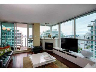 "Photo 3: 1006 188 E ESPLANADE Avenue in North Vancouver: Lower Lonsdale Condo for sale in ""ESPLANADE AT THE PIER"" : MLS®# V1008352"
