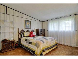 Photo 3: CHULA VISTA House for sale : 3 bedrooms : 474 Jamul Court