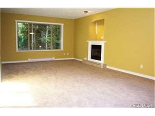Photo 2: 465 Phelps Ave in VICTORIA: La Thetis Heights Single Family Detached for sale (Langford)  : MLS®# 334839