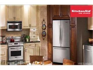Photo 4: 110 866 Brock Ave in VICTORIA: La Langford Proper Condo Apartment for sale (Langford)  : MLS®# 466636