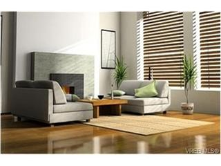 Photo 3: 110 866 Brock Ave in VICTORIA: La Langford Proper Condo Apartment for sale (Langford)  : MLS®# 466636
