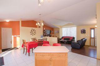 Photo 11: 205 Elm Drive in Oakbank: Single Family Detached for sale : MLS®# 1428748