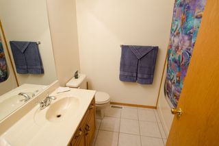 Photo 16: 205 Elm Drive in Oakbank: Single Family Detached for sale : MLS®# 1428748