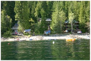 Photo 3: 3 Aline Hill Beach in Shuswap Lake: The Narrows House for sale : MLS®# 10152873