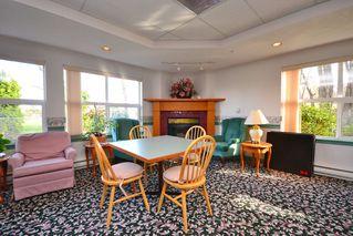 Photo 5: 301 1485 Garnet Road in Victoria: Condo Apartment for sale