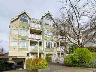 Photo 1: 303 1623 E 2ND AVENUE in Vancouver: Grandview VE Condo for sale (Vancouver East)  : MLS®# R2036799