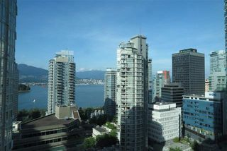 Photo 2: Vancouver West in Coal Harbour: Condo for sale : MLS®# R2070416