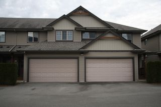 Photo 1: 15 7543 Morrow Road in Agassiz: Townhouse for sale