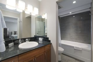 """Photo 10: 1001 2370 W 2ND Avenue in Vancouver: Kitsilano Condo for sale in """"CENTURY HOUSE"""" (Vancouver West)  : MLS®# R2396291"""
