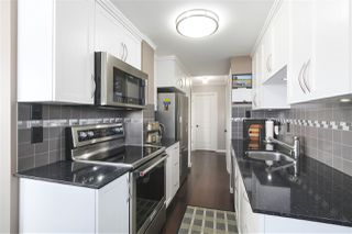 """Photo 6: 1001 2370 W 2ND Avenue in Vancouver: Kitsilano Condo for sale in """"CENTURY HOUSE"""" (Vancouver West)  : MLS®# R2396291"""