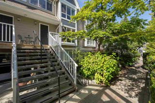 """Photo 2: 9 1027 LYNN VALLEY Road in North Vancouver: Lynn Valley Townhouse for sale in """"RIVER ROCK"""" : MLS®# R2405654"""