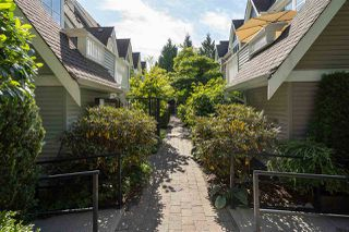 """Photo 20: 9 1027 LYNN VALLEY Road in North Vancouver: Lynn Valley Townhouse for sale in """"RIVER ROCK"""" : MLS®# R2405654"""