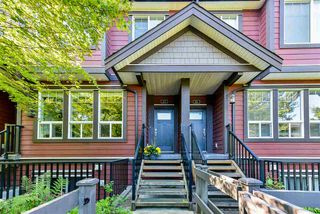 """Photo 3: 25 14877 60 Avenue in Surrey: Sullivan Station Townhouse for sale in """"Lumina"""" : MLS®# R2464237"""