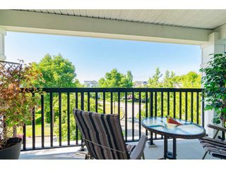 """Photo 15: 30 11067 BARNSTON VIEW Road in Pitt Meadows: South Meadows Townhouse for sale in """"COHO"""" : MLS®# R2476146"""