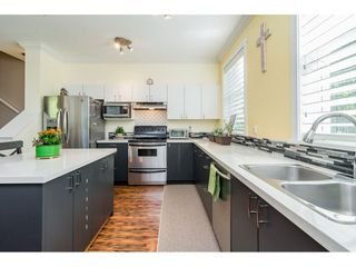 """Photo 10: 30 11067 BARNSTON VIEW Road in Pitt Meadows: South Meadows Townhouse for sale in """"COHO"""" : MLS®# R2476146"""