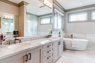 Photo 19: 2555 W 33RD AVENUE in Vancouver: MacKenzie Heights House for sale (Vancouver West)  : MLS®# R2489633