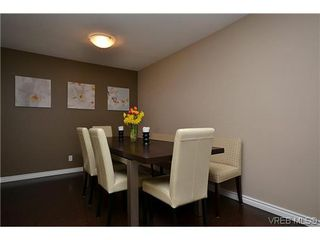 Photo 16: 404 505 Cook St in VICTORIA: Vi Fairfield West Condo for sale (Victoria)  : MLS®# 604595