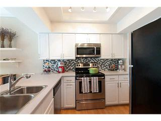 """Photo 8: 3 6360 LYNAS Lane in Richmond: Riverdale RI Townhouse for sale in """"TIFFANY MANOR"""" : MLS®# V970231"""