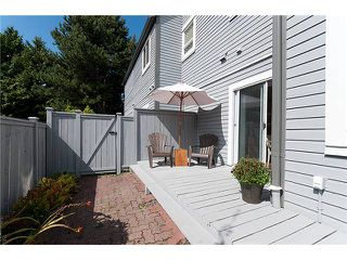 """Photo 10: 3 6360 LYNAS Lane in Richmond: Riverdale RI Townhouse for sale in """"TIFFANY MANOR"""" : MLS®# V970231"""