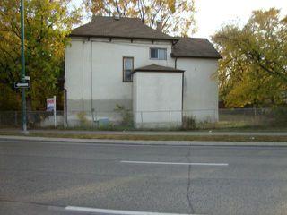 Photo 2: 618 SPENCE Street in WINNIPEG: West End / Wolseley Residential for sale (West Winnipeg)  : MLS®# 1220312