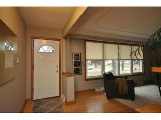 Photo 2: 650 Borebank Street in WINNIPEG: River Heights / Tuxedo / Linden Woods Residential for sale (South Winnipeg)  : MLS®# 1222796
