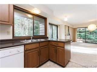 Photo 6: 4494 Cottontree Lane in VICTORIA: SE Broadmead Single Family Detached for sale (Saanich East)  : MLS®# 632884