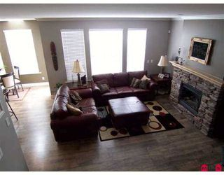Photo 1: 18855 69A Avenue in Cloverdale: Clayton House for sale : MLS®# F2711765