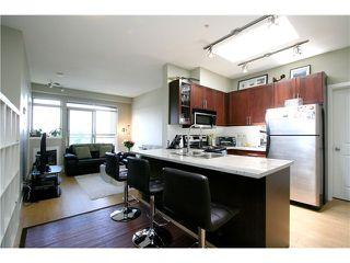 "Photo 2: PH15 688 E 17TH Avenue in Vancouver: Fraser VE Condo for sale in ""MONDELLA"" (Vancouver East)  : MLS®# V1013186"