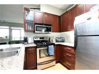 "Photo 3: PH15 688 E 17TH Avenue in Vancouver: Fraser VE Condo for sale in ""MONDELLA"" (Vancouver East)  : MLS®# V1013186"