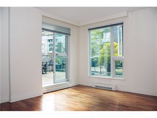 Photo 8: 302 535 Nicola in Vancouver: Coal Harbour Condo for sale (Vancouver West)  : MLS®# V1057107