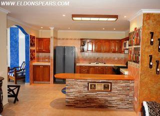 Photo 2: 4 bedroom Villa in Playa Blanca for sale