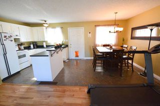 Photo 3: 8223 98 Avenue in Fort St. John: House for sale