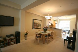 Photo 4: 993 Westbury Walk in Vancouver: Home for sale : MLS®# v721400