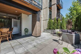 "Photo 2: 111 719 W 3RD Street in North Vancouver: Harbourside Condo for sale in ""The Shore"" : MLS®# R2392928"