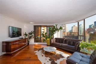 """Photo 4: 401 1860 ROBSON Street in Vancouver: West End VW Condo for sale in """"STANLEY PARK PLACE"""" (Vancouver West)  : MLS®# R2426901"""