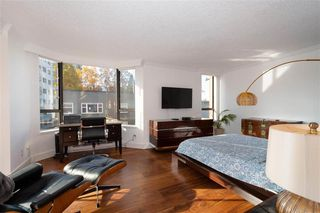 """Photo 13: 401 1860 ROBSON Street in Vancouver: West End VW Condo for sale in """"STANLEY PARK PLACE"""" (Vancouver West)  : MLS®# R2426901"""