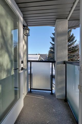 Photo 17: 9746 72 Avenue NW in Edmonton: Zone 17 House Half Duplex for sale : MLS®# E4196427