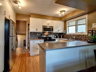 Photo 8: 3630 109 Street in Edmonton: Zone 16 House for sale : MLS®# E4208661